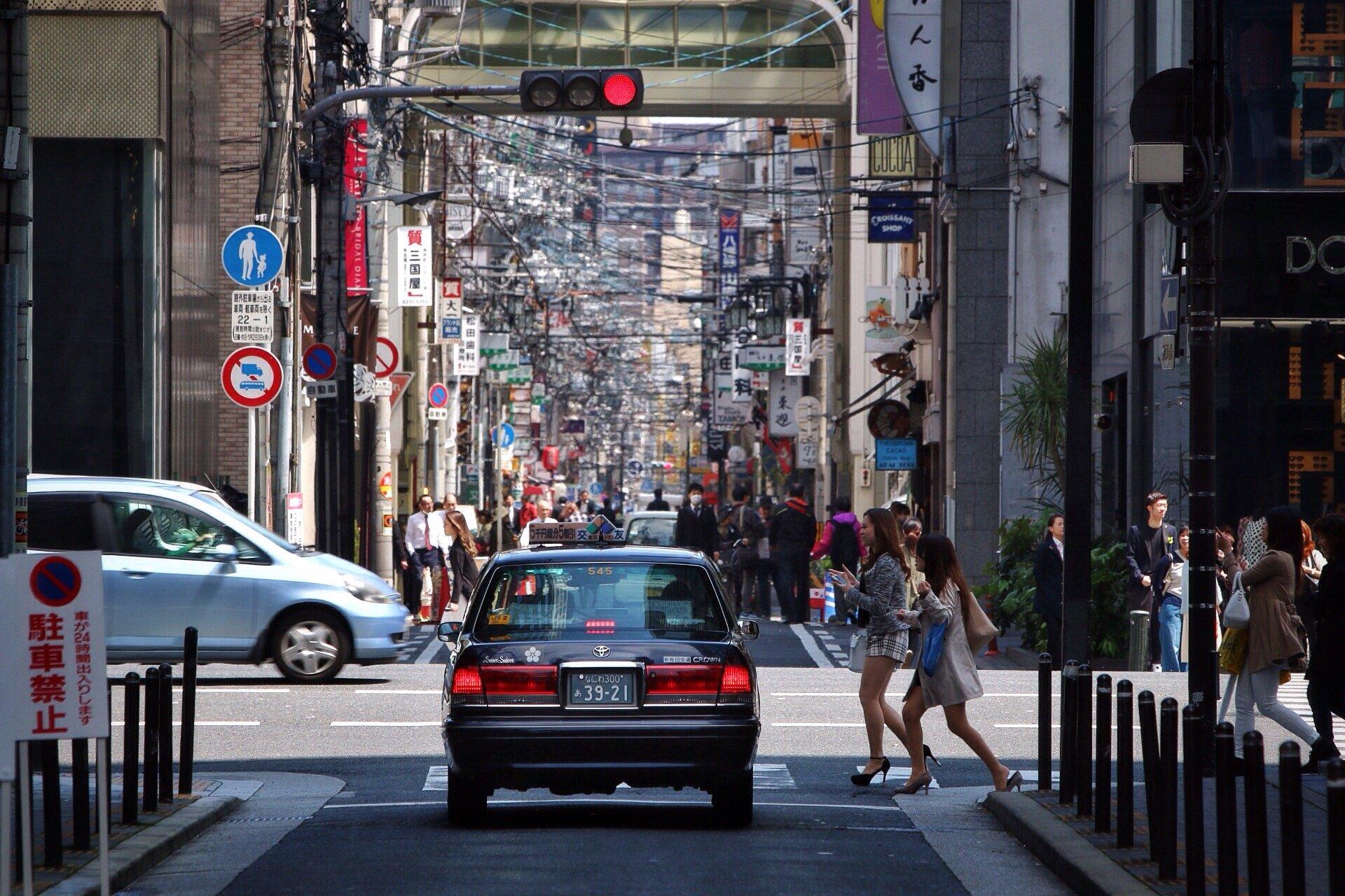 street-photography-osaka-taxi-foto-blog-kasuma