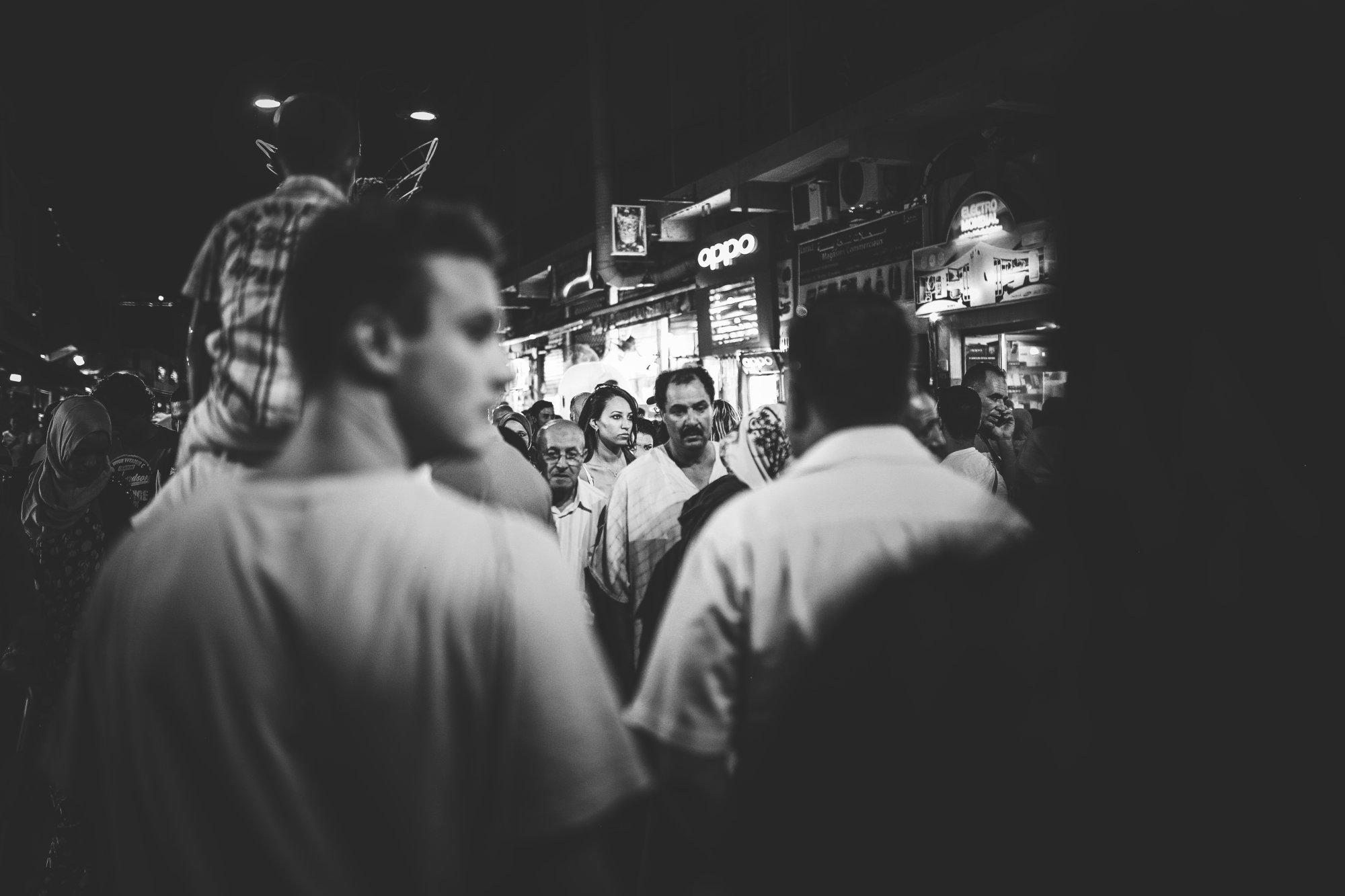 bw-marrakech-djemaaelfna-crowded-marokko-2016-mcu-ausflug